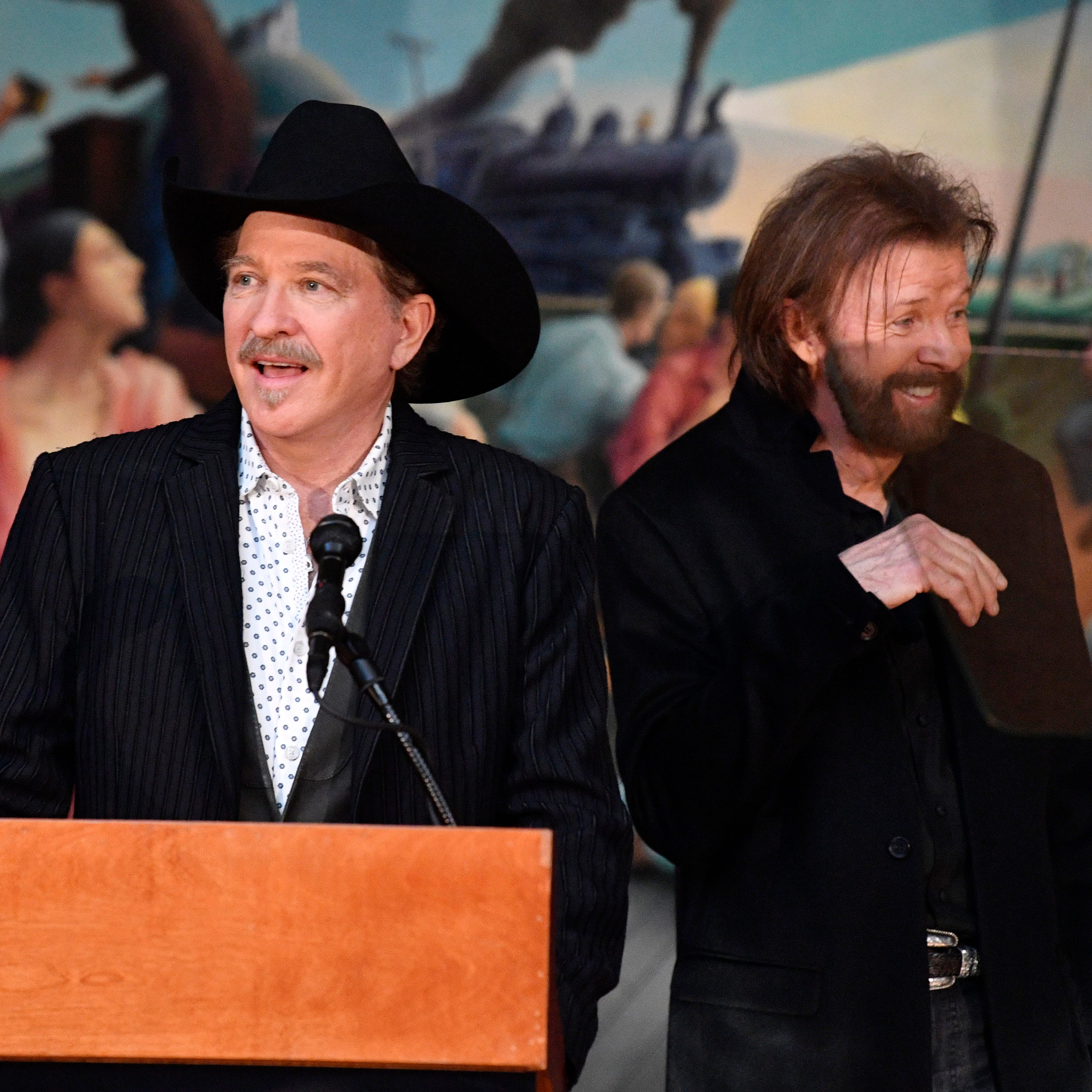 Brooks & Dunn, Ray Stevens and Jerry Bradley bound for Country Music Hall of Fame