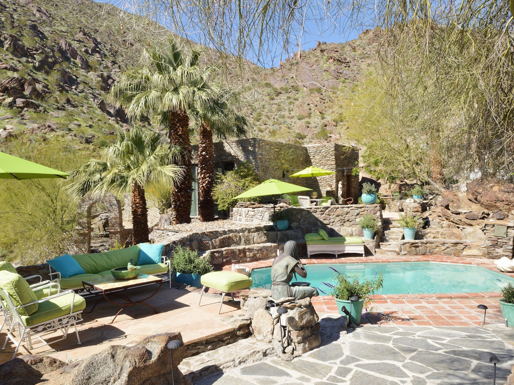 Suzanne Somers has listed her Palm Springs compound for $9.5 million