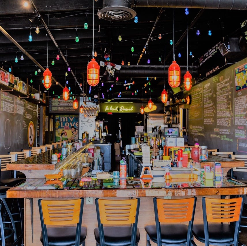 11 fun restaurants and bars in the Phoenix area where you'll never be bored