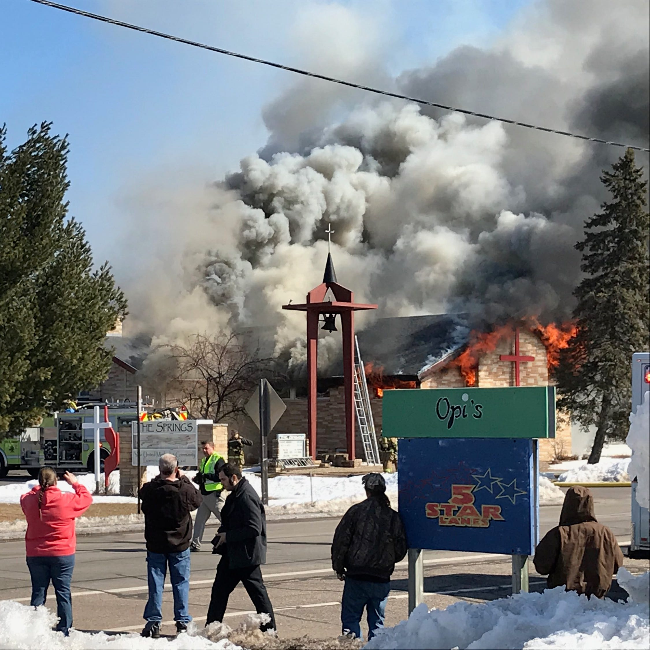 Emergency departments respond to fire at Plover church