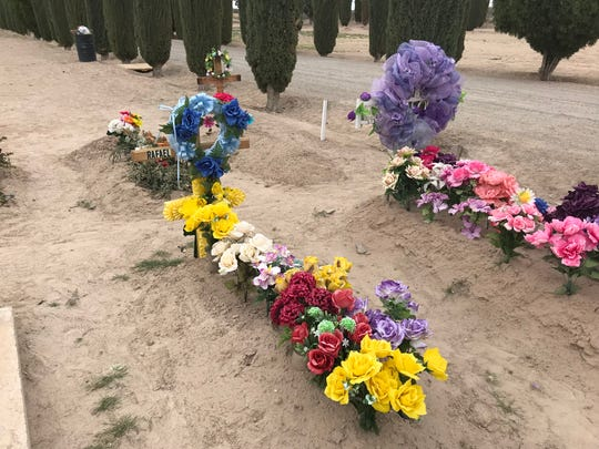 The children of the late Rafael Rivas are upset with G & H Granite, which did not deliver on a promise of a headstone for their father's anniversary The company also has not refunded the family's $3,000.