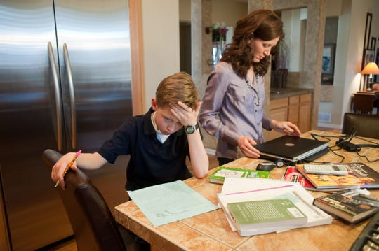 When kids grow up to be financially responsible adults, they just might have someone close to them to thank: their mothers.