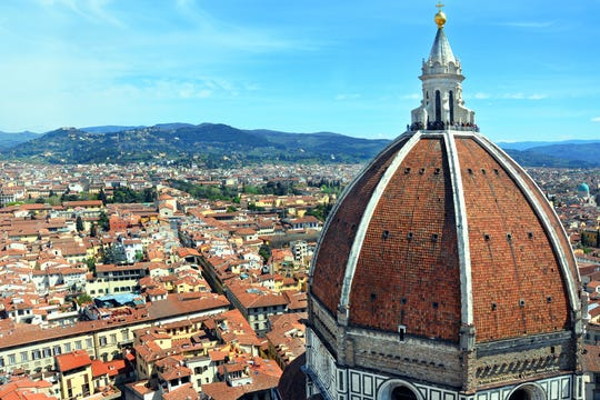 Celebrity Travel: In the neighborhood around Florence's great cathedral, it's easy to time-travel back to the Renaissance period.
