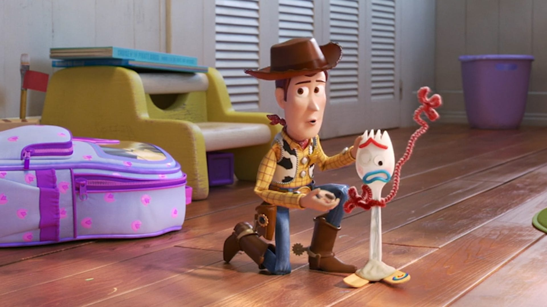 'Toy Story 4' introduces new friend and creepy dolls