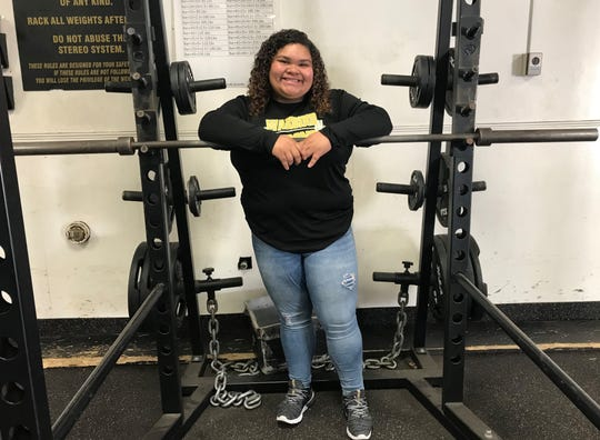 Abilene High junior Zenaida Renteria placed second at the Class 6A powerlifting state meet Saturday after overcoming a potentially career-ending injury.