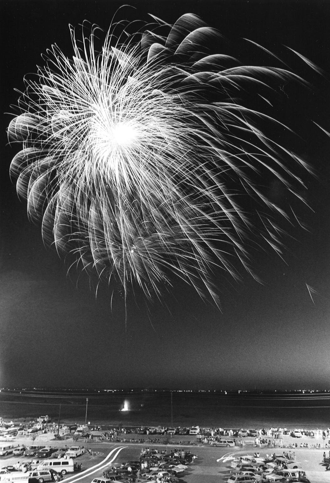A fireworks show was held July 4, 1979, on the west side of the Mall of Abilene, with open land seen to the north.