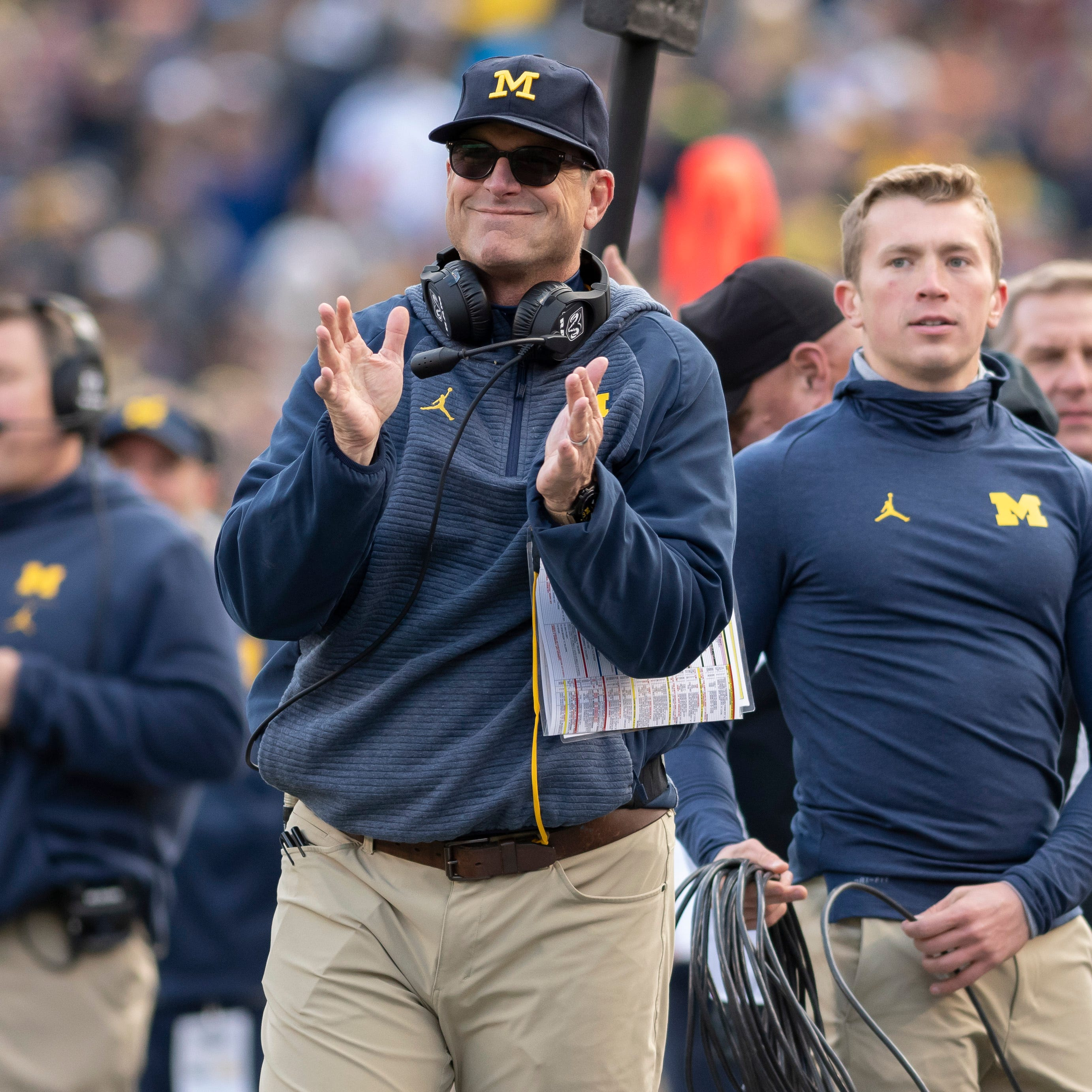 Oddsmakers: Michigan football an early favorite in every game next season