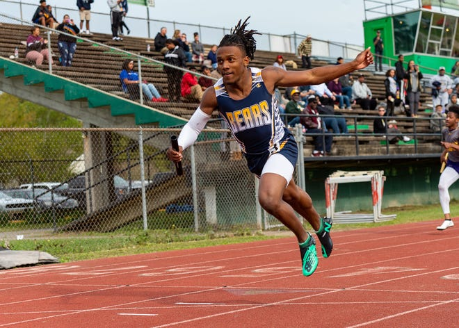 Lafayette High host Oil City Relays . Monday, March 18, 2019.