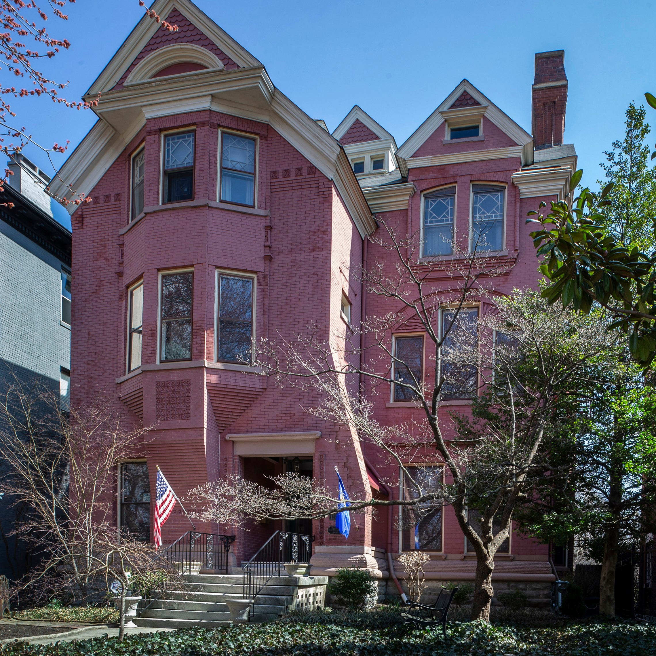 How you can tour this historic 8,000+ square foot Louisville mansion