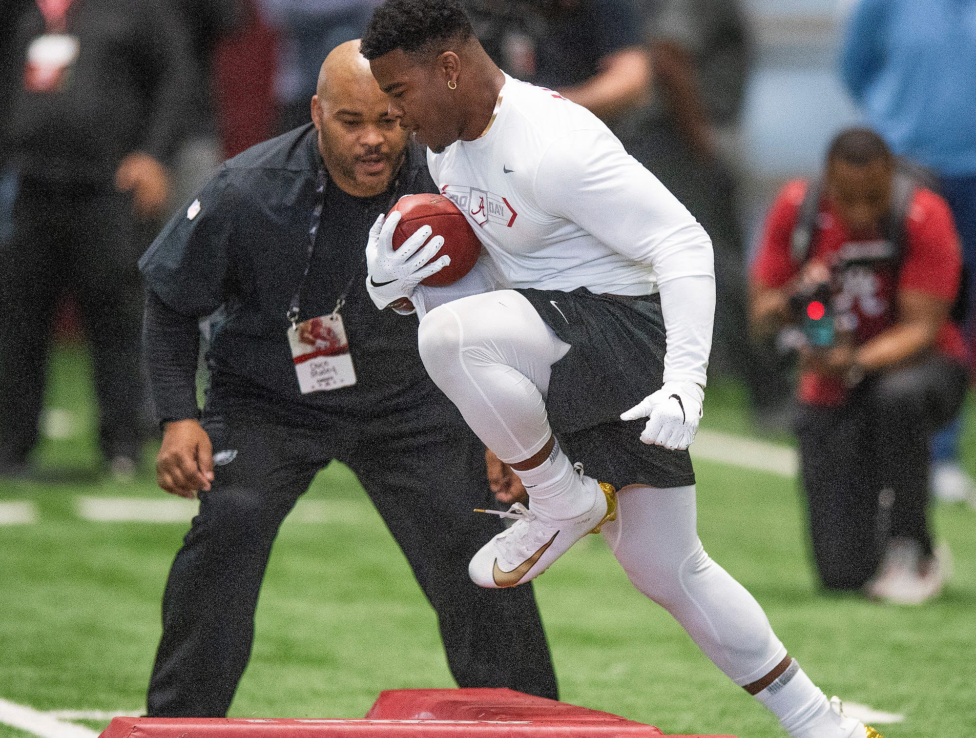 Alabama running back Damien Harris runs drills during Pro Day on the University of Alabama campus in Tuscaloosa, Ala., on Tuesday March 19, 2019.