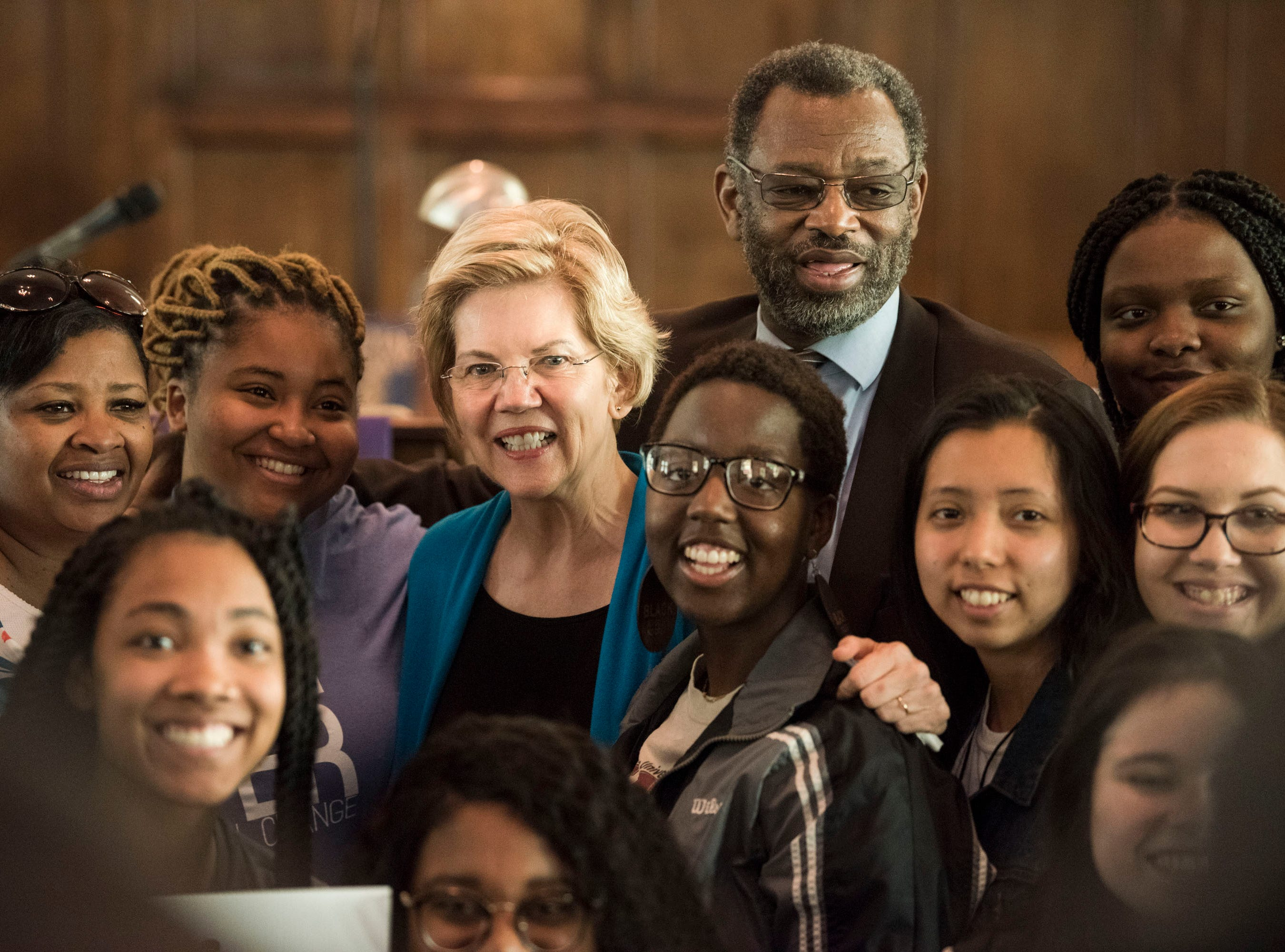 Sen. Elizabeth Warren poses for a photo with students from Florida State University at Brown Chapel AME Church in Selma, Ala., on Tuesday, March 19, 2019.