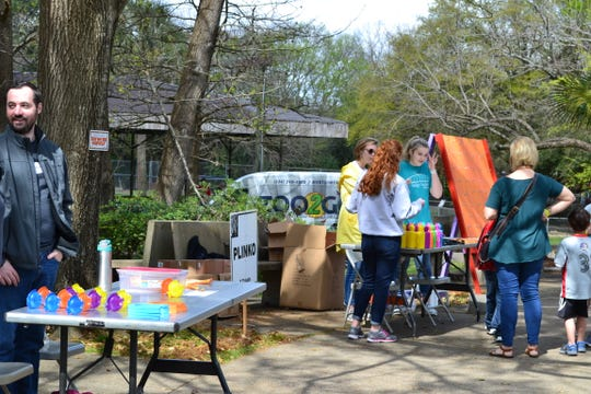 There will be a variety of games for children to play Saturday and Sunday at Zoo Weekend.