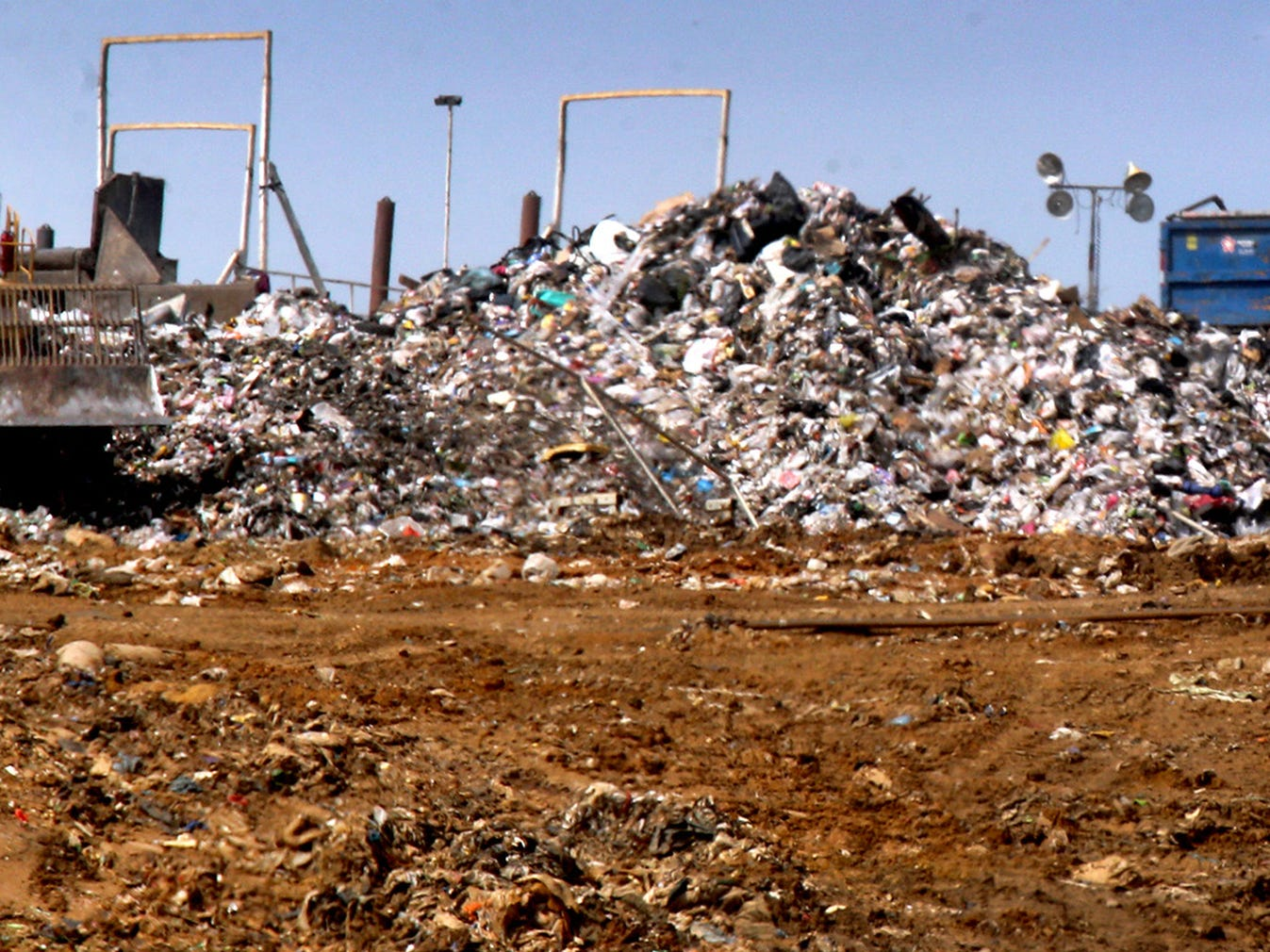 Trash is handled at the Middle Point Landfill in Rutherford County, on Wednesday, March 30, 2016. Officials seek options for when Middle Point closes in eight to nine years.