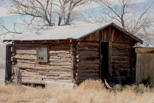 This Ancho, NM log cabin, belonging to unknown occupants, has been moved to Carrizozo and donated to Carrizozo Heritage Museum.