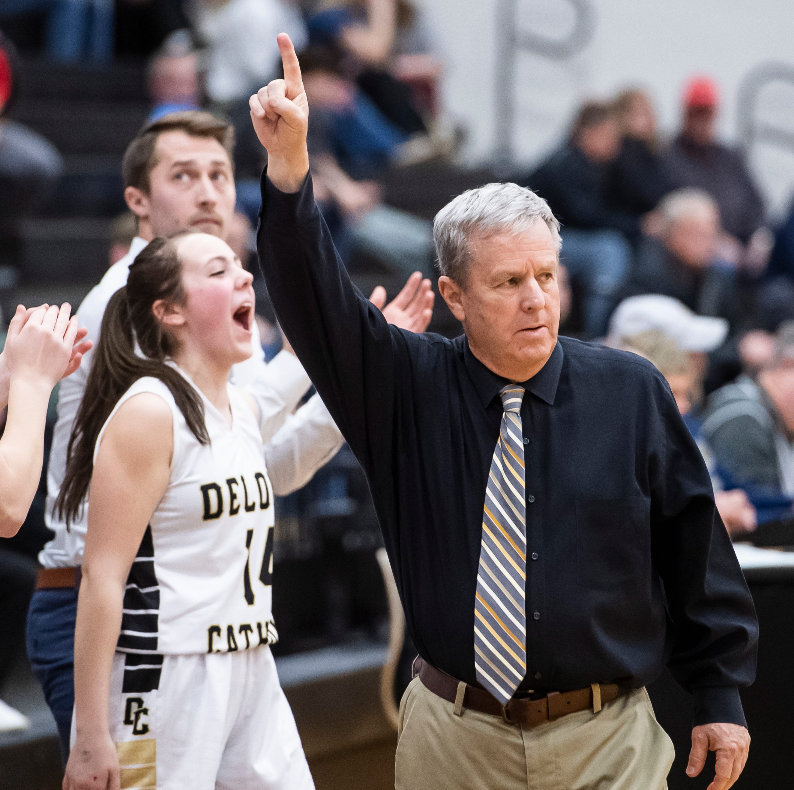Know your opponent: Delone Catholic faces undefeated Dunmore for PIAA basketball title
