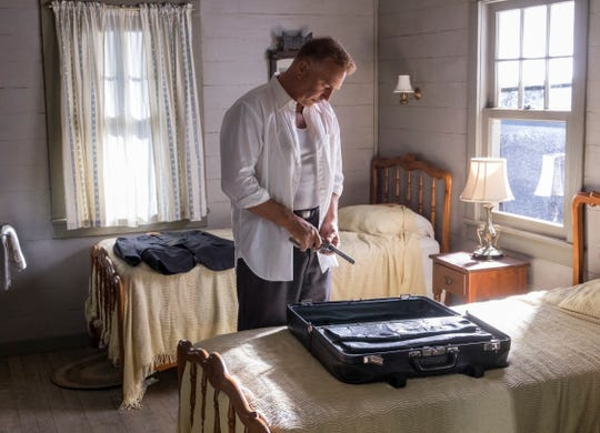 """In """"The Highwaymen,"""" Frank Hamer (Kevin Costner) is on the trail of Bonnie and Clyde."""