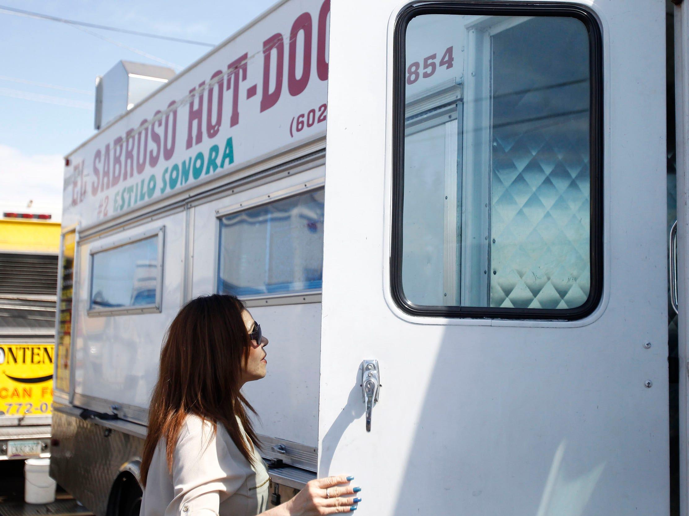 El proyecto HB 2636 de la Cámara de Representantes de Arizona podría muy pronto convertirse en ley, lo que permitiría a los camiones de comida operar en propiedades privadas en áreas residenciales.