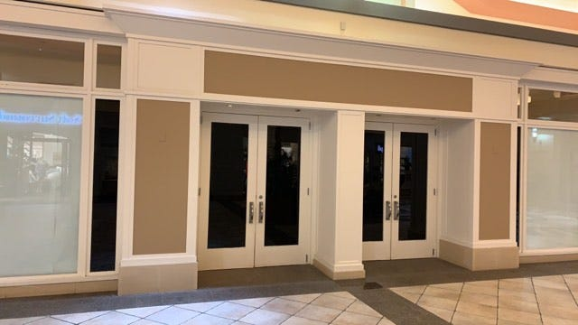 Pottery Barn closed at Eastview Mall