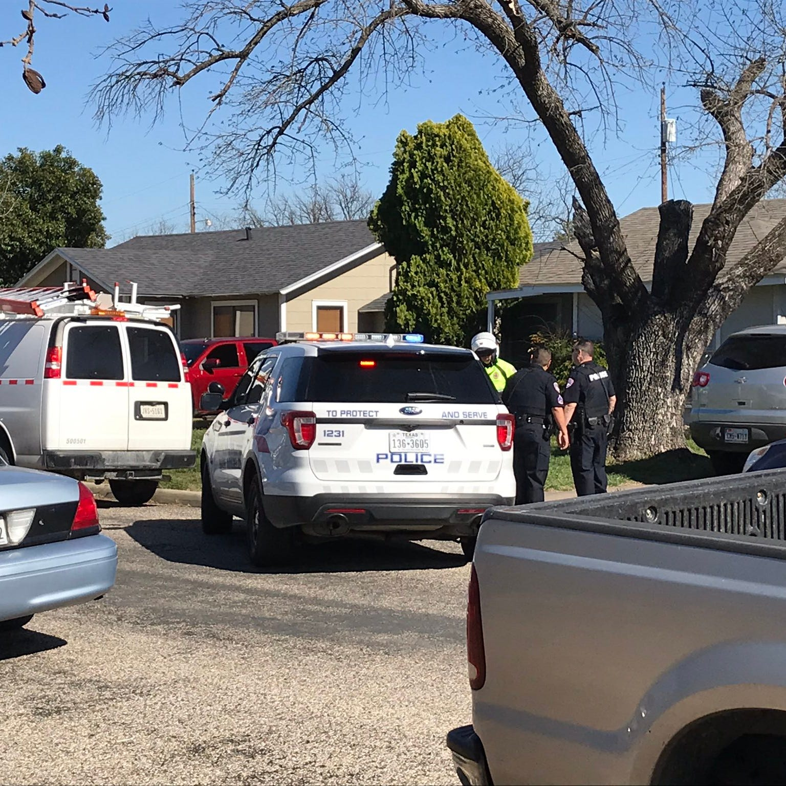 Police swarm into west San Angelo neighborhood over possible shooting incident
