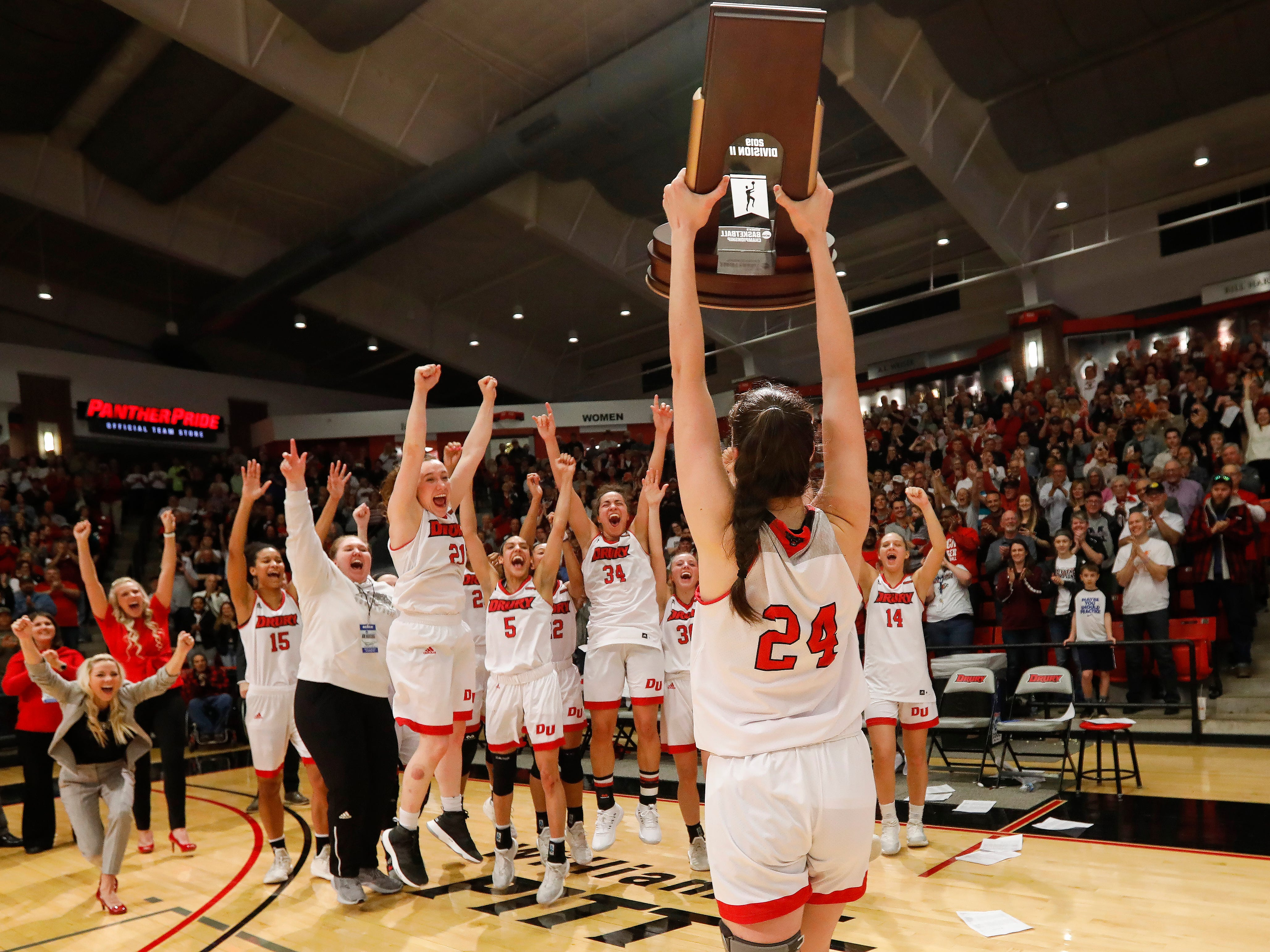 Drury celebrates their 51-44 over Grand Valley to win the NCAA Division II Midwest Regional Championship game at the O'Reilly Family Event Center on Monday, March 18, 2019.