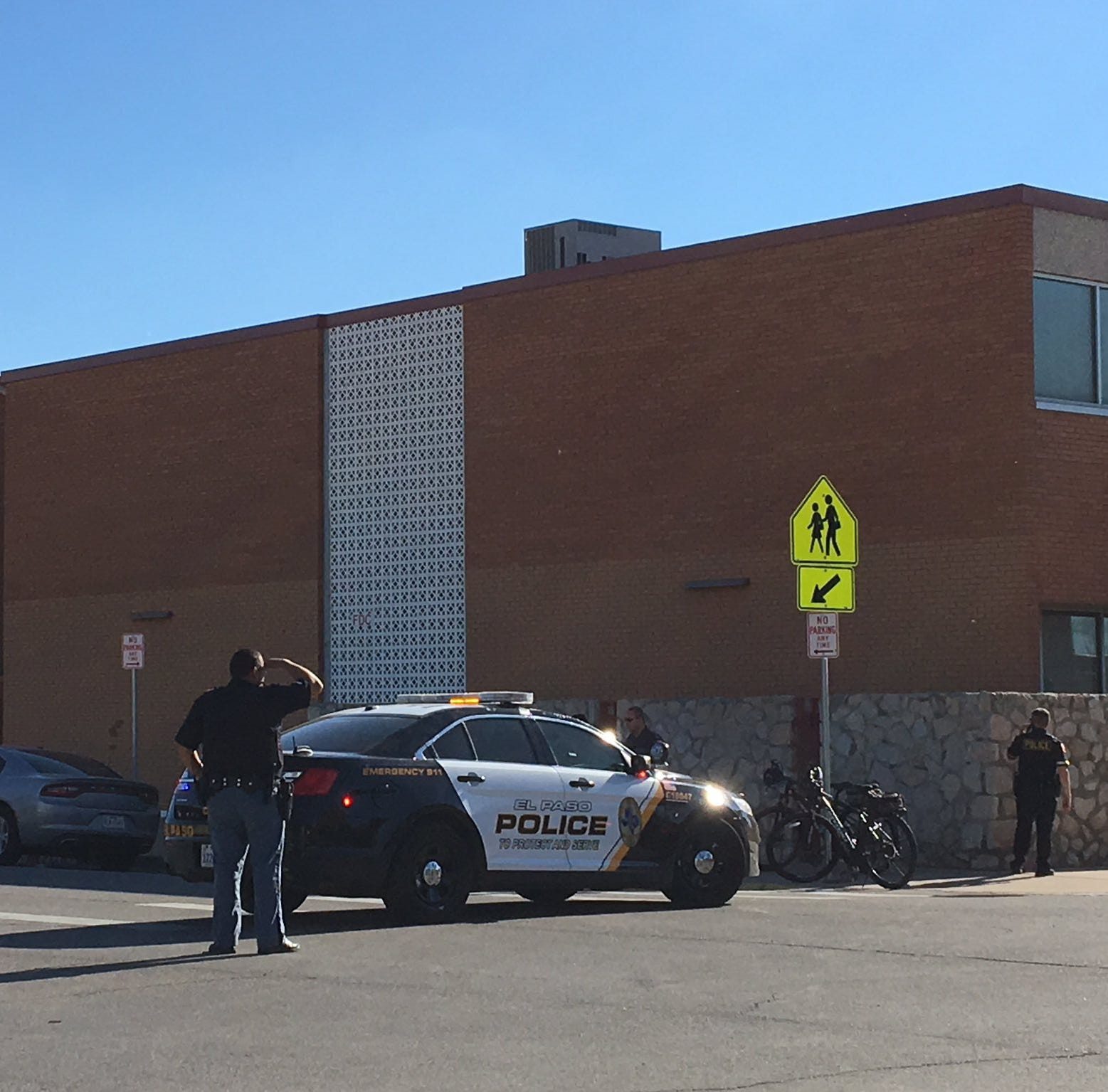 Suspect in shooting that wounded 1 arrested after search sparks lockdown at El Paso school