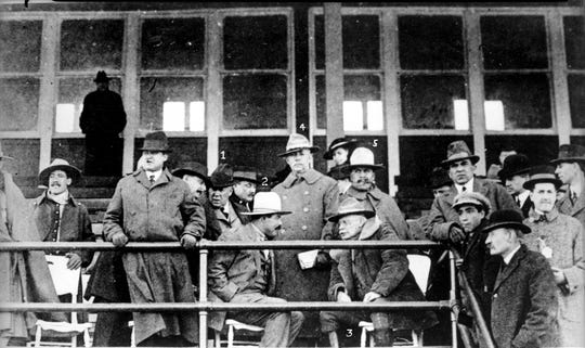 At Juárez racetrack. 1. Col. Matt Winn, head of the racetrack; 2. Pancho Villa 3. General Hugh Scott 4. Major Mickie 5. General Fierro. 1916.