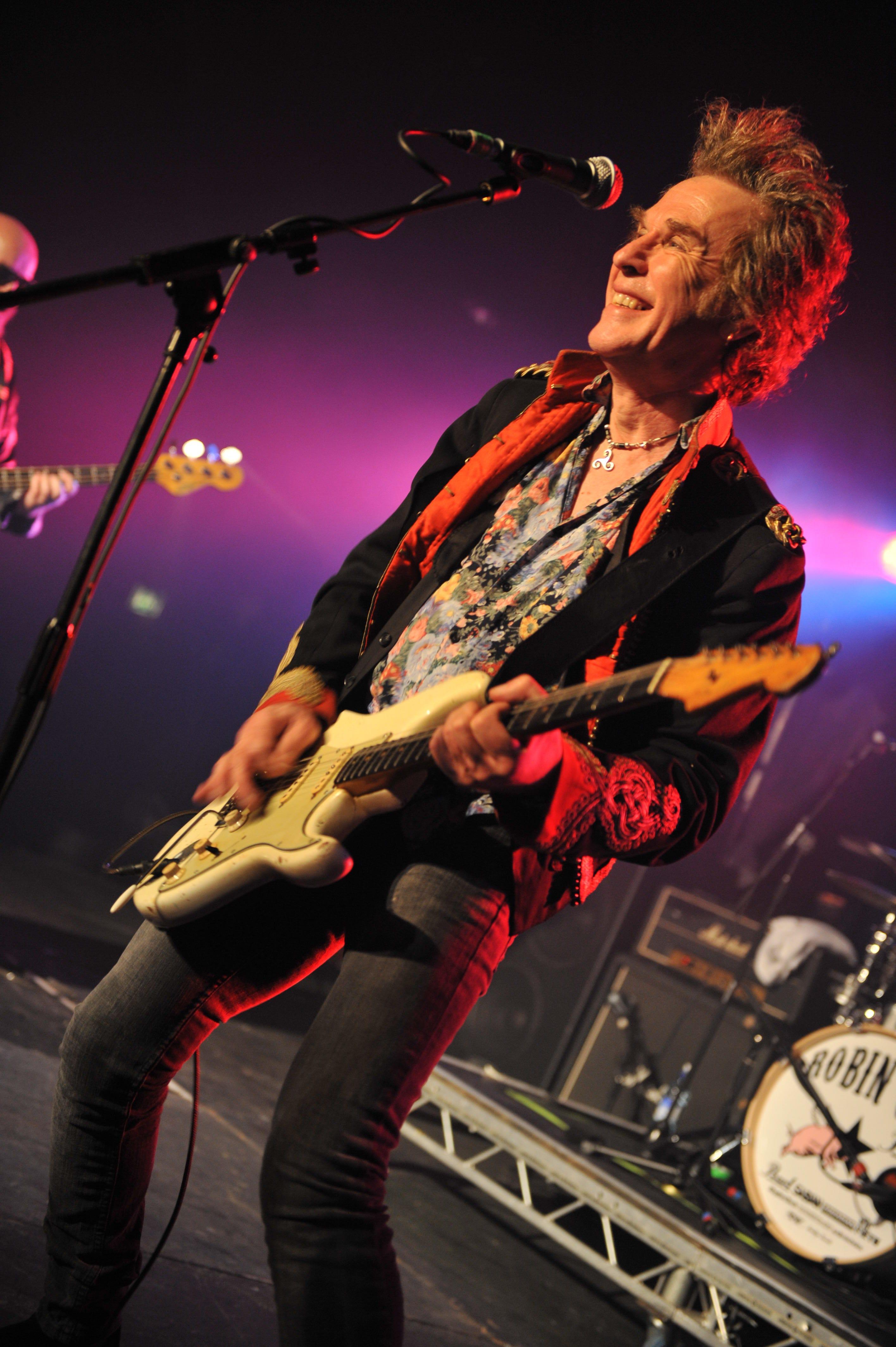 Bernie Torme, former Ozzy Osbourne guitarist, dead at 66