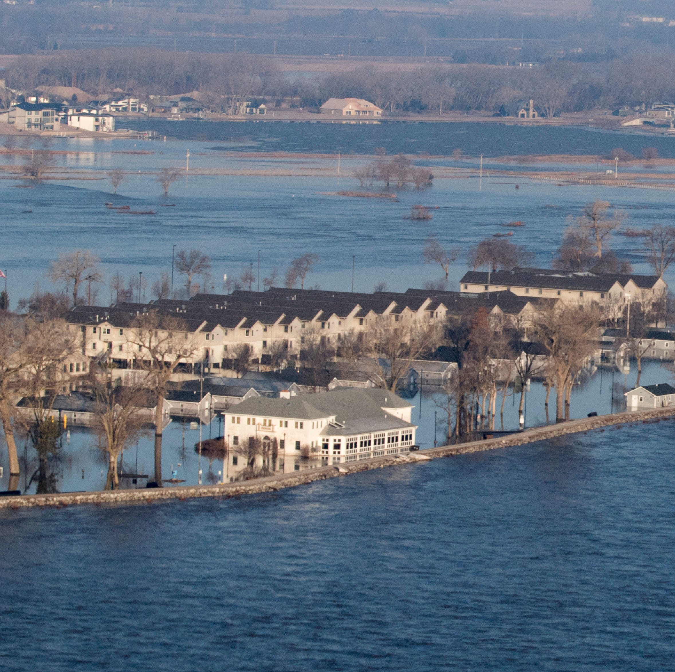 Midwest flooding 2019: Live look from drone flyover March 20