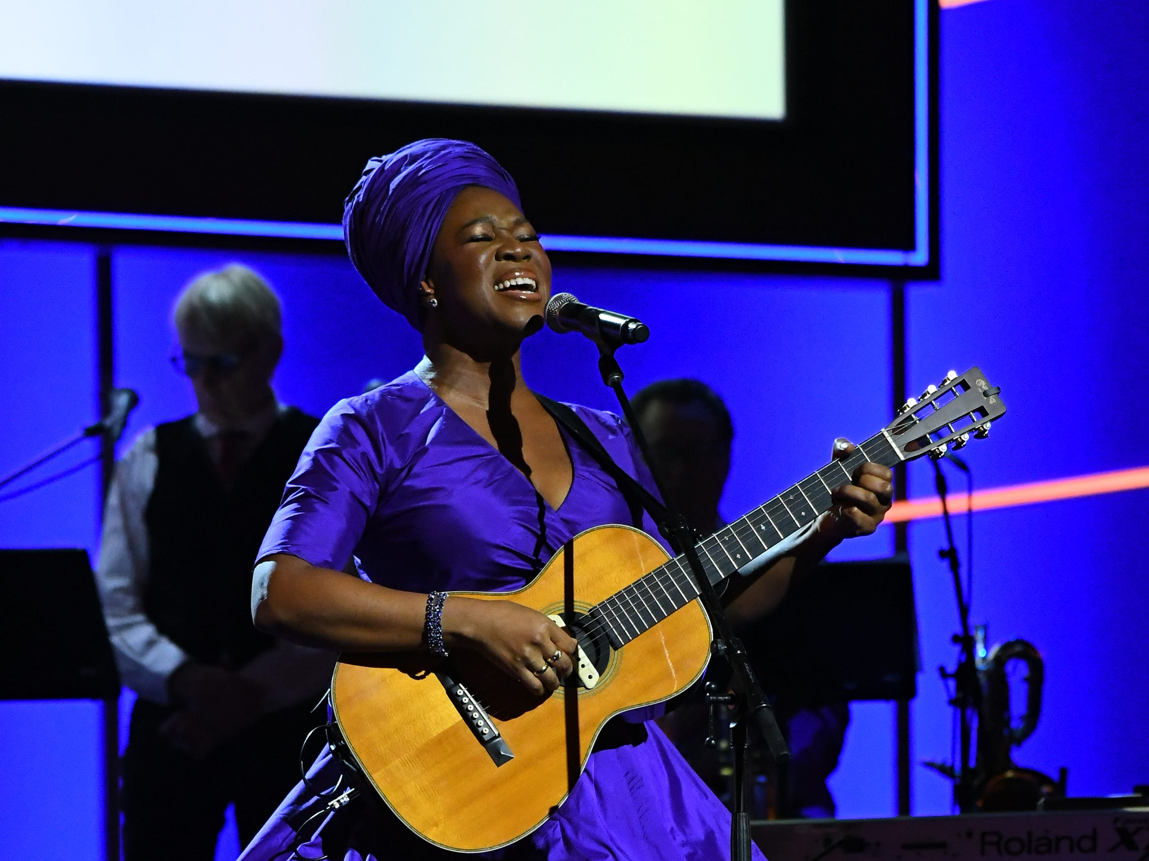 "Jan 28, 2018; New York, NY, USA;  India.Arie performs ""I Am Light"" during the Grammy Awards Premiere Ceremony at The Theater at Madison Square Garden. Mandatory Credit: Robert Deutsch-USA TODAY (Via OlyDrop)"