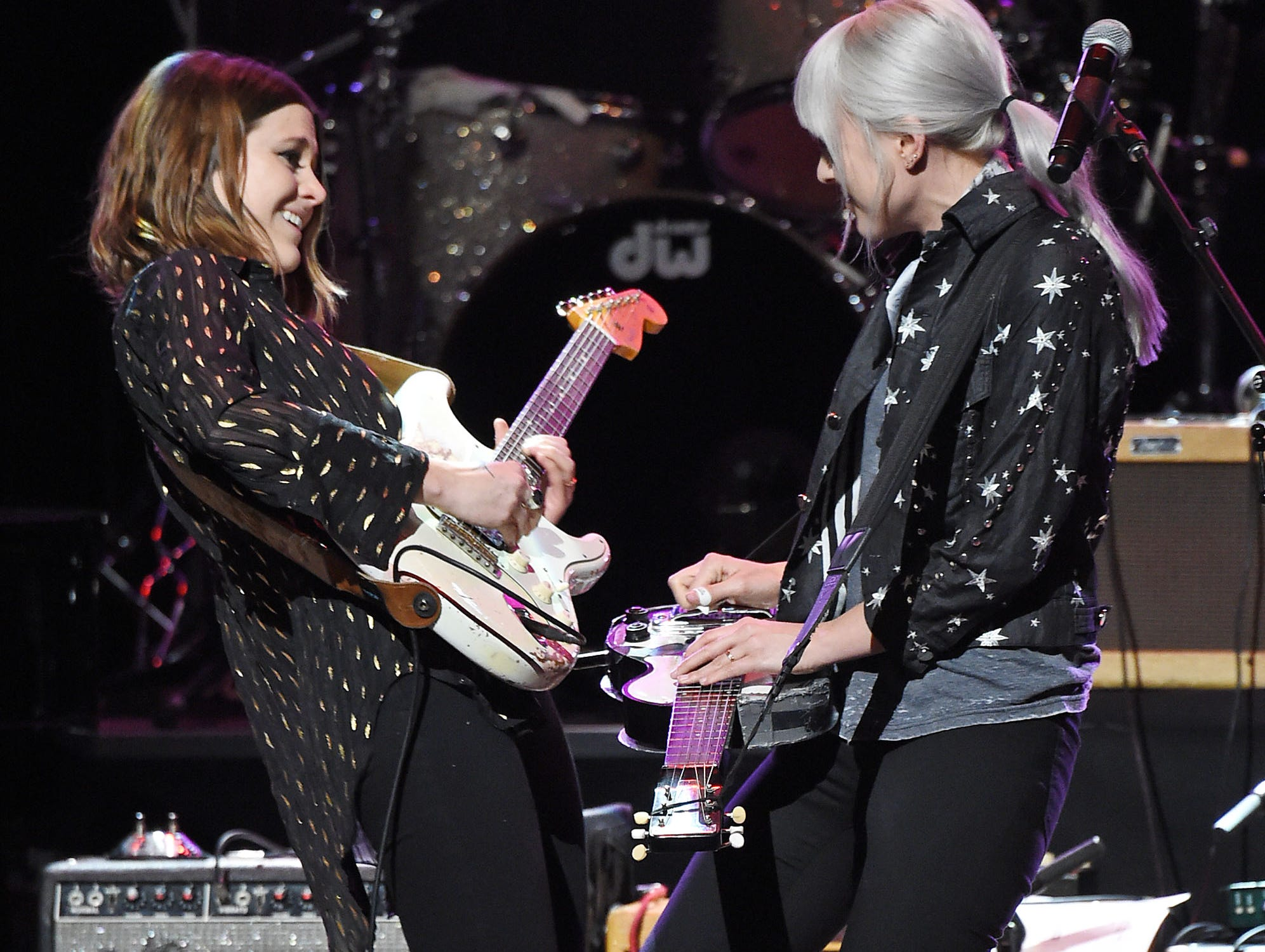 NEW YORK, NEW YORK - MARCH 07: Rebecca Lovell (L) and Megan Lovell of Larkin Poe perform onstage during the Third Annual Love Rocks NYC Benefit Concert for God's Love We Deliver on March 07, 2019 in New York City. (Photo by Jamie McCarthy/Getty Images for Gods Love we Deliver ) ORG XMIT: 775301432 ORIG FILE ID: 1134388452