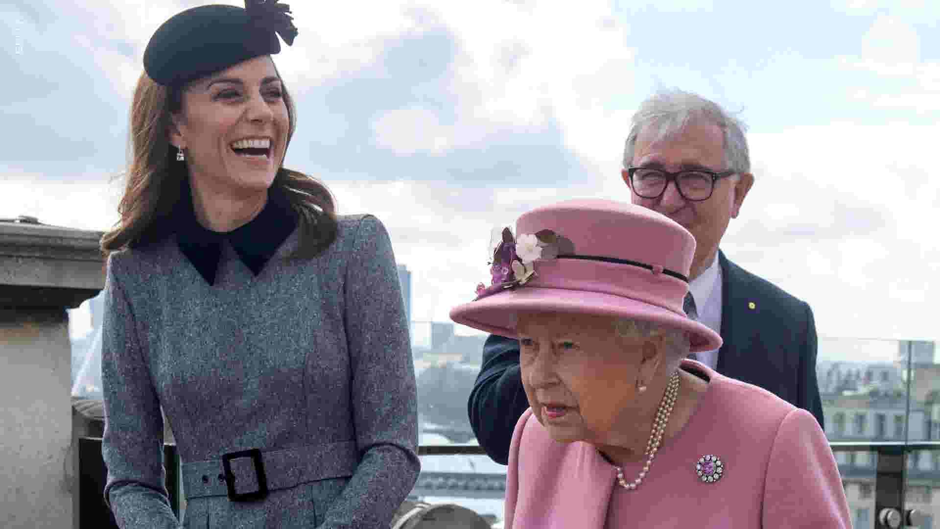 d8c4f652cf3e Duchess Kate, Queen Elizabeth visit King's College London