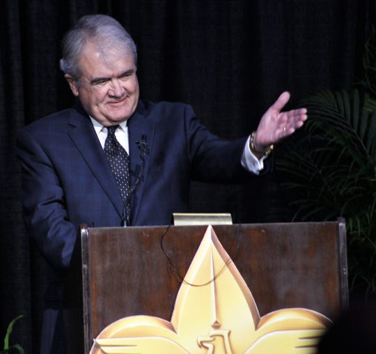 Lee Hamilton gestures toward his brother-in-law Rex Tillerson during Tuesday's Texas Trails Council Distinguished Citizen Award event at which Hamilton and his wife, Rae Ann, were honored. Hamilton joked that if he had been a Boy Scout, like Tillerson, he would've been secretary of state.