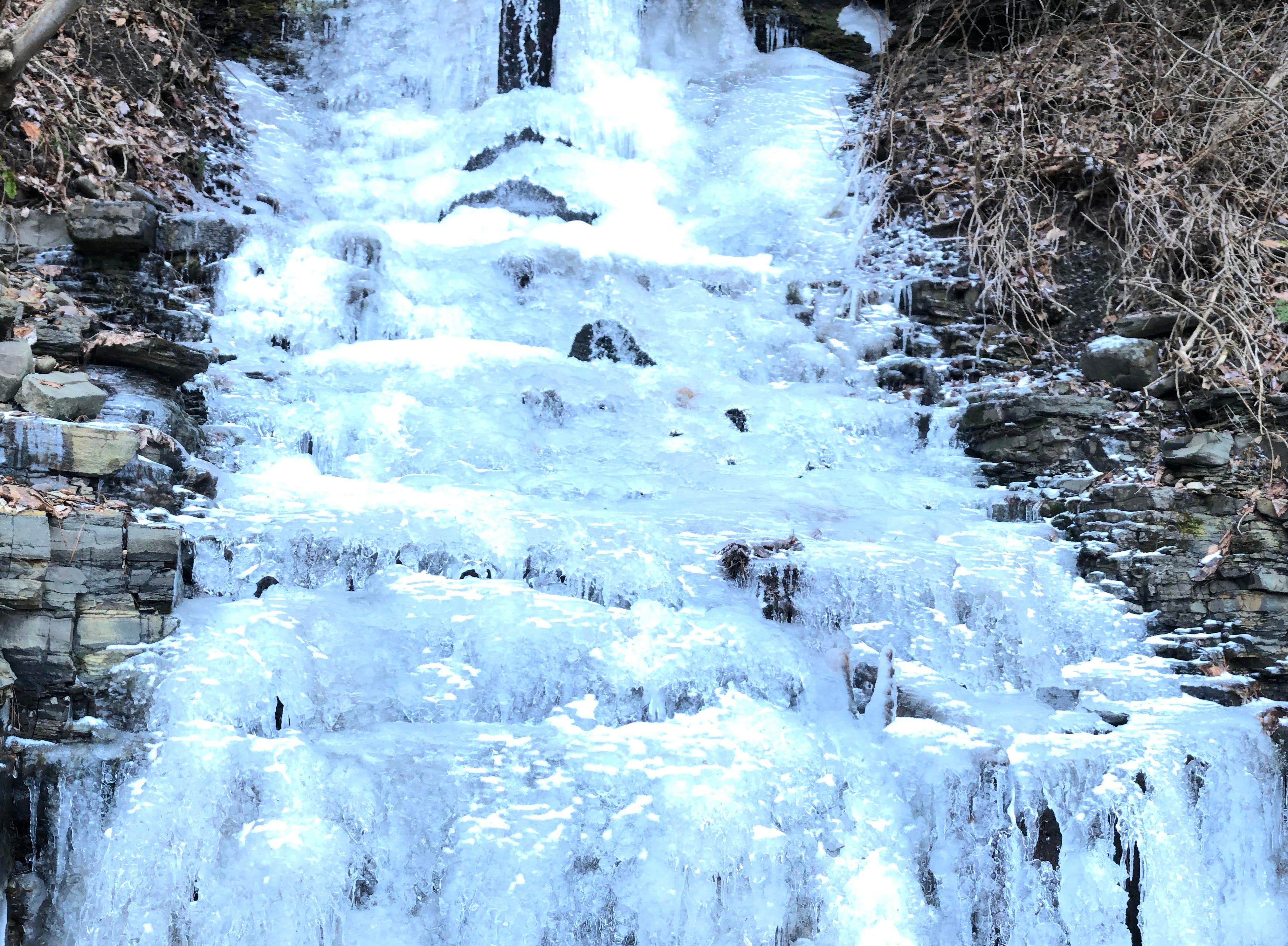 Ice in Port Crane.
