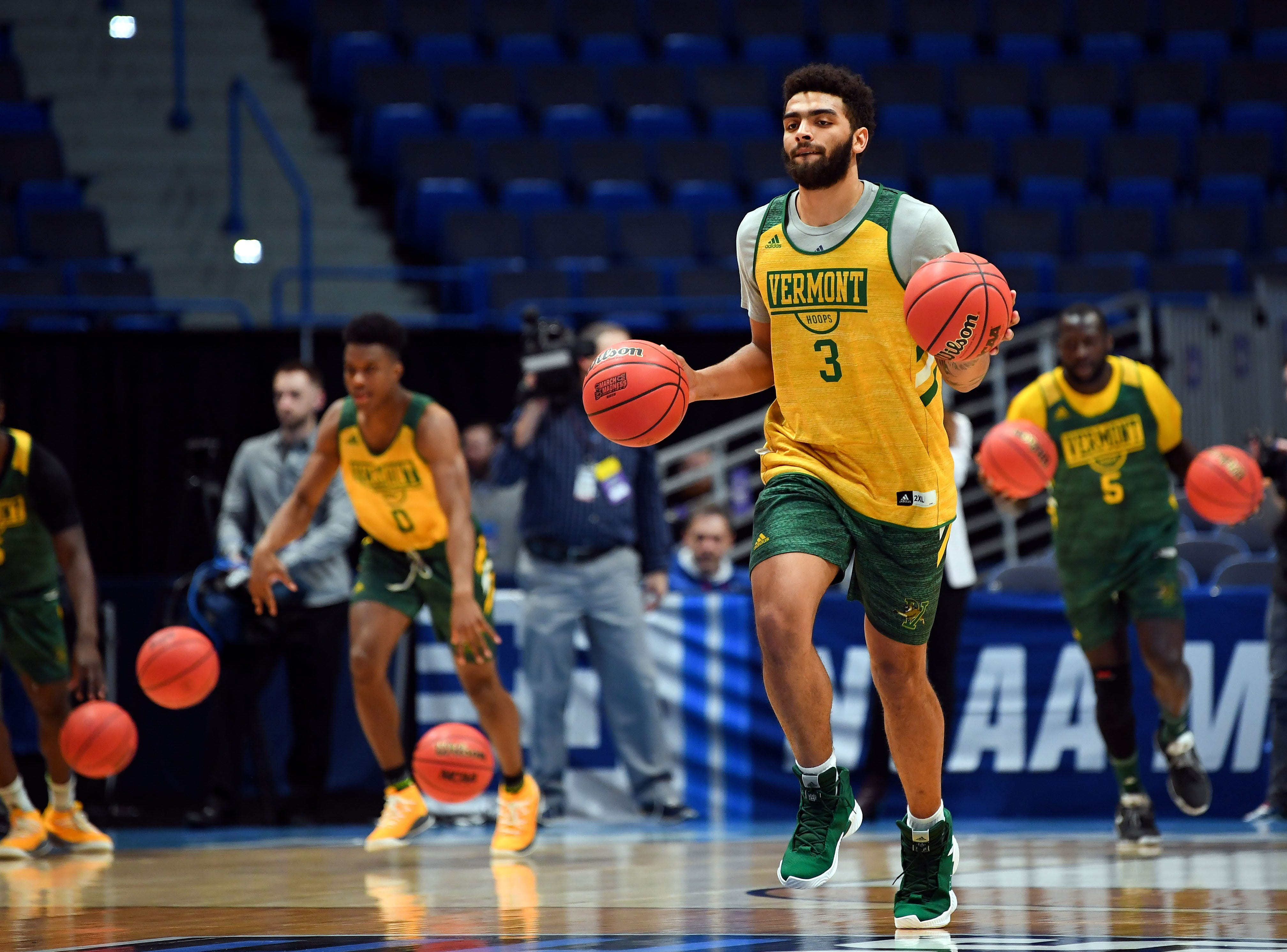 Mar 20, 2019; Hartford, CT, USA; Vermont Catamounts forward Anthony Lamb (3) dribbles the ball during practice before the first round of the 2019 NCAA Tournament at XL Center. Mandatory Credit: Robert Deutsch-USA TODAY Sports