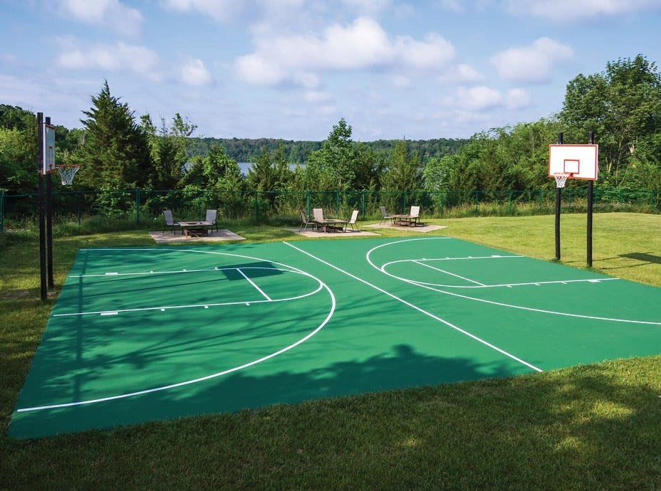 Play full court basketball or a match or two of tennis on Hueston Woods Lodge outdoor courts.