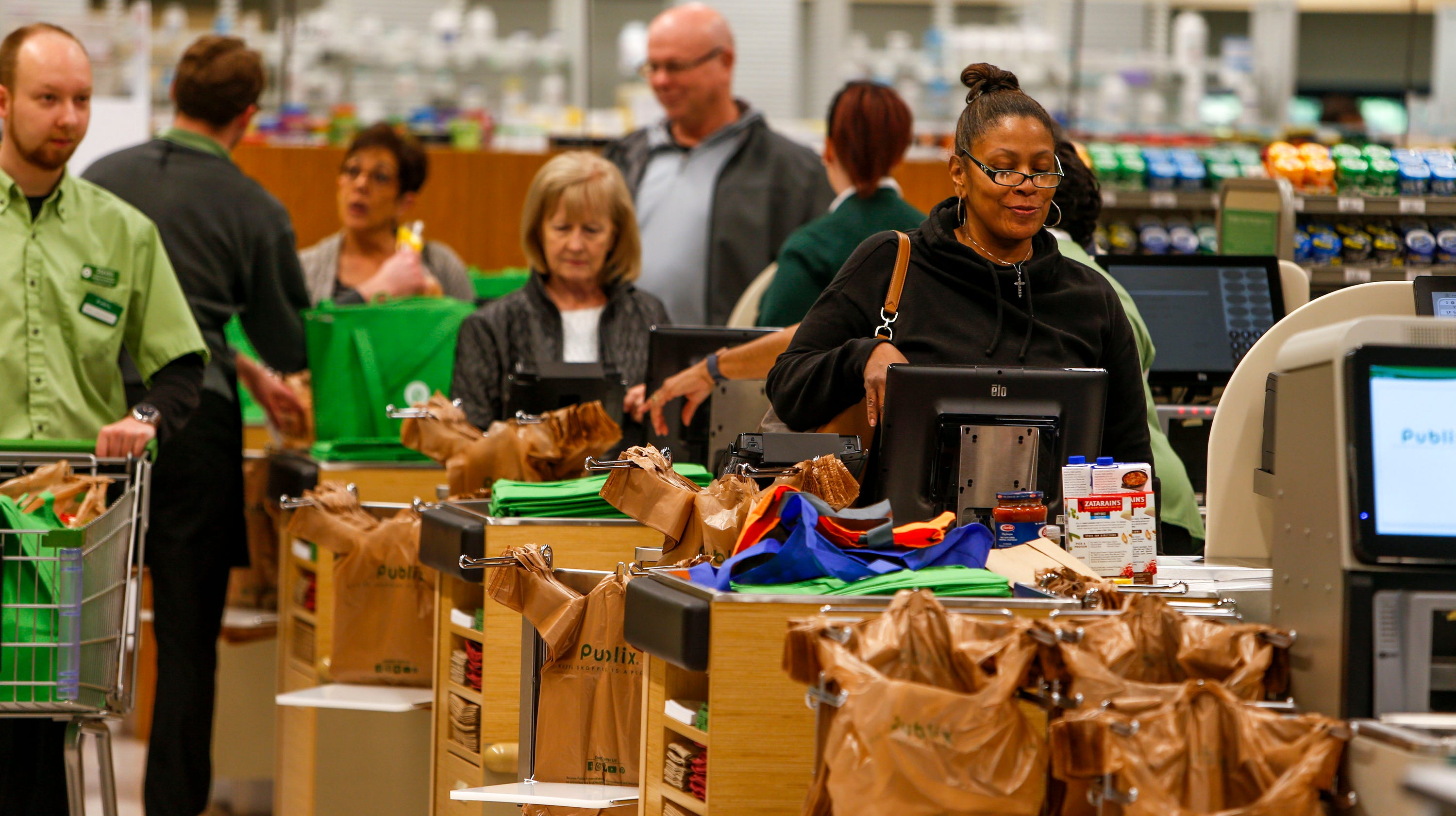 Publix Opens To Eager Crowds In Clarksvilles Sango Square