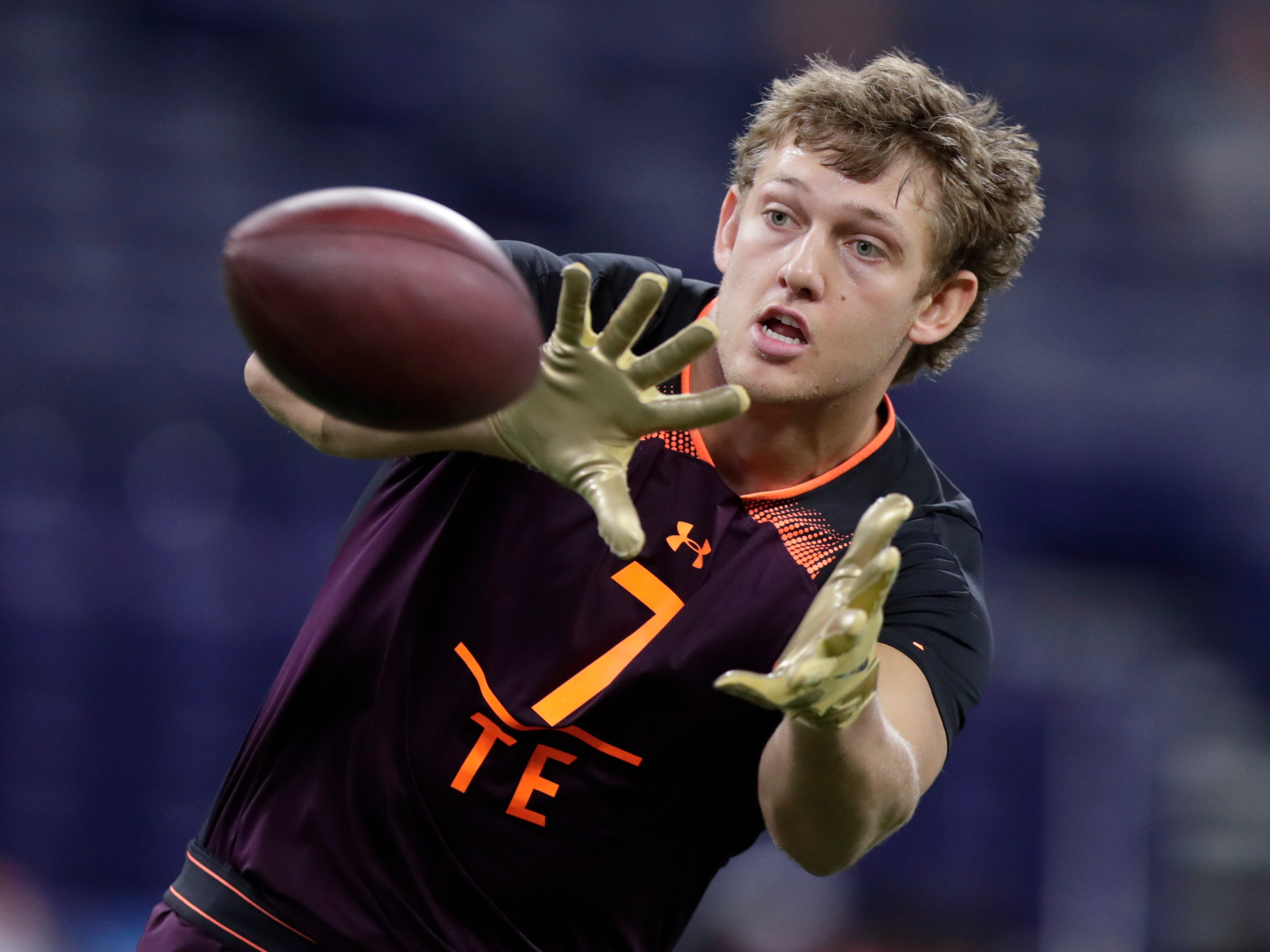 9. Buffalo Bills: TE T.J. Hockenson, Iowa – After filling their offensive line needs in free agency, the Bills can use this pick to give young QB Josh Allen a weapon, and Hockenson is better than any receiver in the draft.