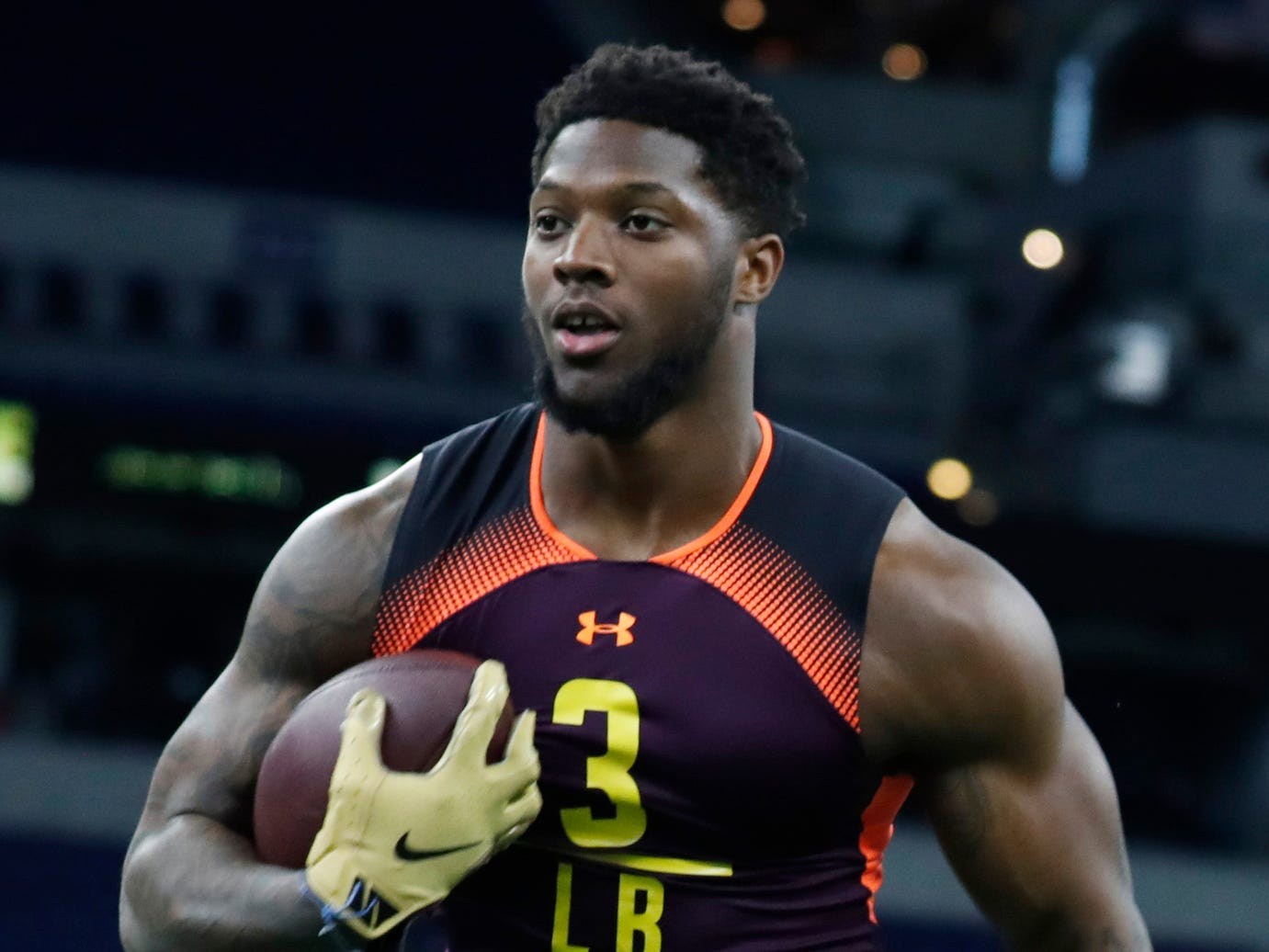 3. New York Jets: OLB Josh Allen, Kentucky – Anthony Barr bailed on the Jets to return to Minnesota, so New York turns to Allen to fill its pass-rush void.