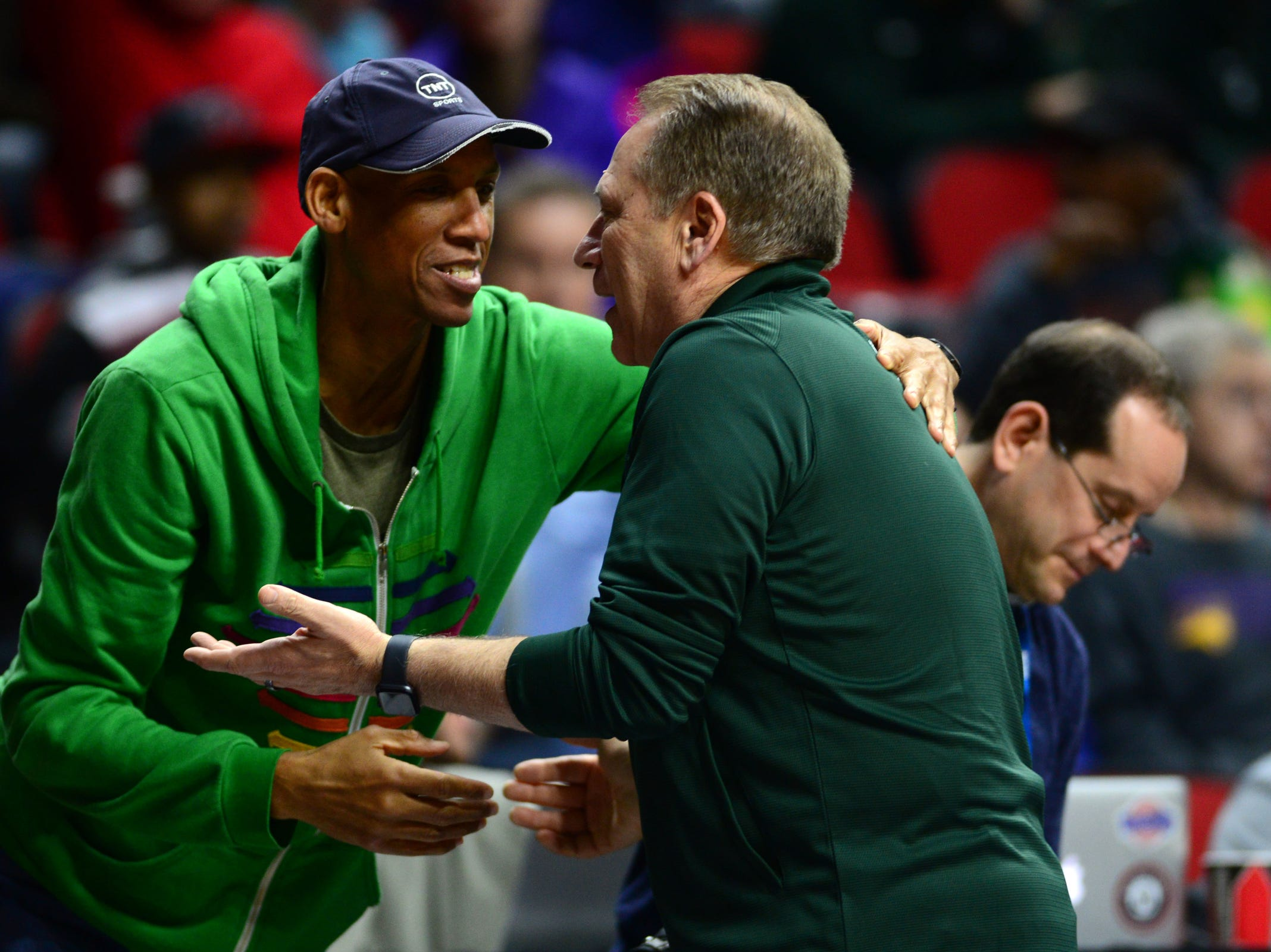 Mar 20, 2019; Des Moines, IA, USA; Michigan State Spartans head coach Tom Izzo hugs TNT analyst Reggie Miller during practice before the first round of the 2019 NCAA Tournament at Wells Fargo Arena. Mandatory Credit: Steven Branscombe-USA TODAY Sports