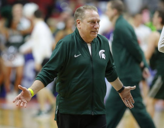 Michigan State head coach Tom Izzo observes the drills as his team prepares their first NCAA tournament match against Bradley on Wednesday, March 20, 2019 at the Wells Fargo Arena in Des Moines, IA.