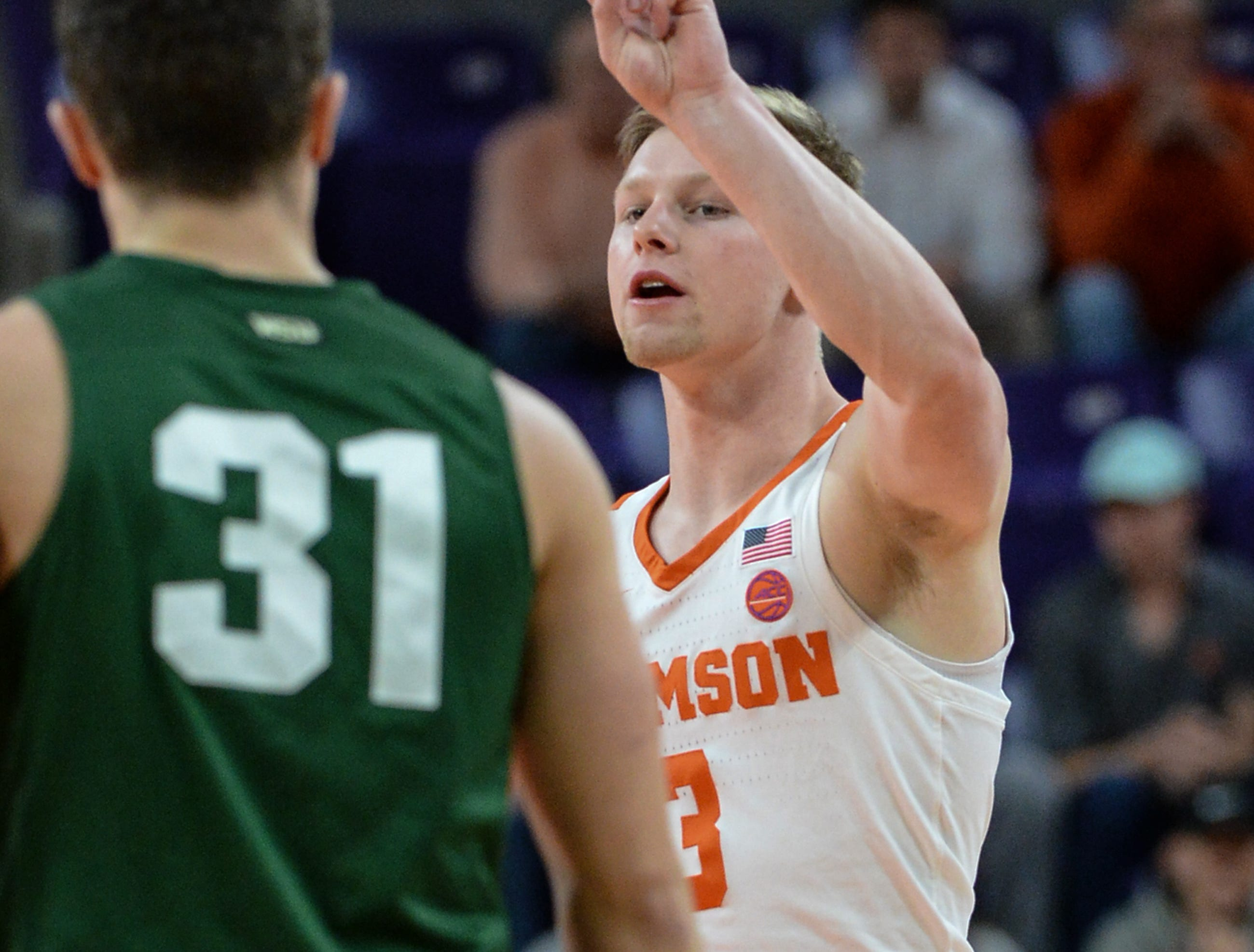 Clemson guard Lyles Davis (3) signals a play against Wright State during the first half of the NIT at Littlejohn Coliseum in Clemson Tuesday, March 19, 2019.