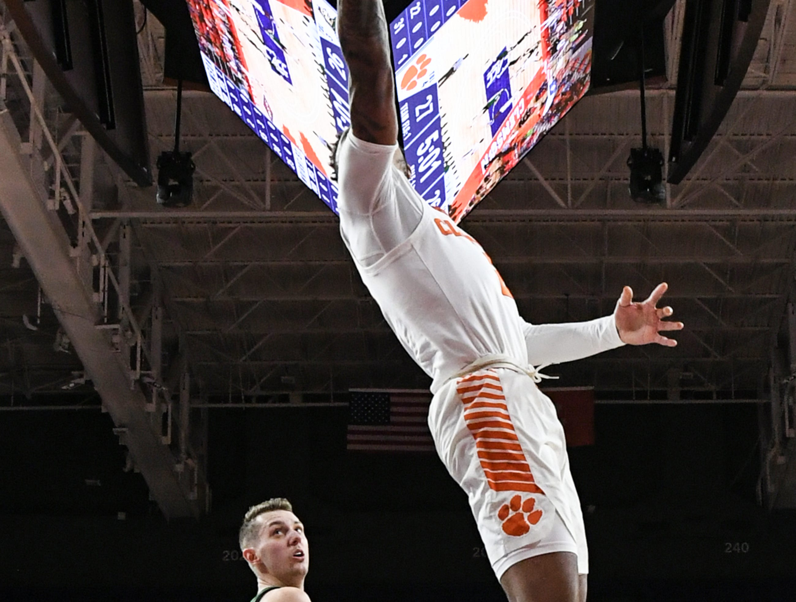 Clemson guard Marcquise Reed (2) shoots during the first half of the NIT at Littlejohn Coliseum in Clemson Tuesday, March 19, 2019.