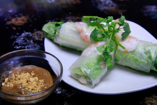 The fresh spring rolls come served with your choice of the peanut sauce of fish sauce.