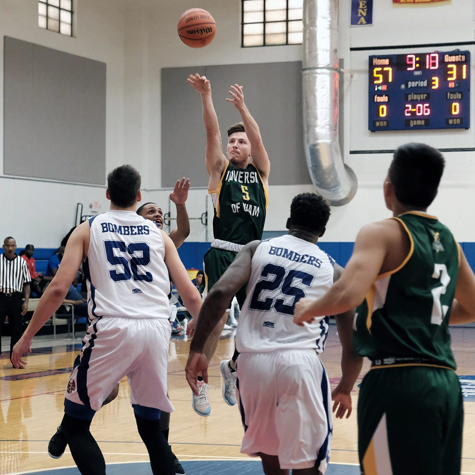 Bombers rout Tritons 125-85 in hoops tourney