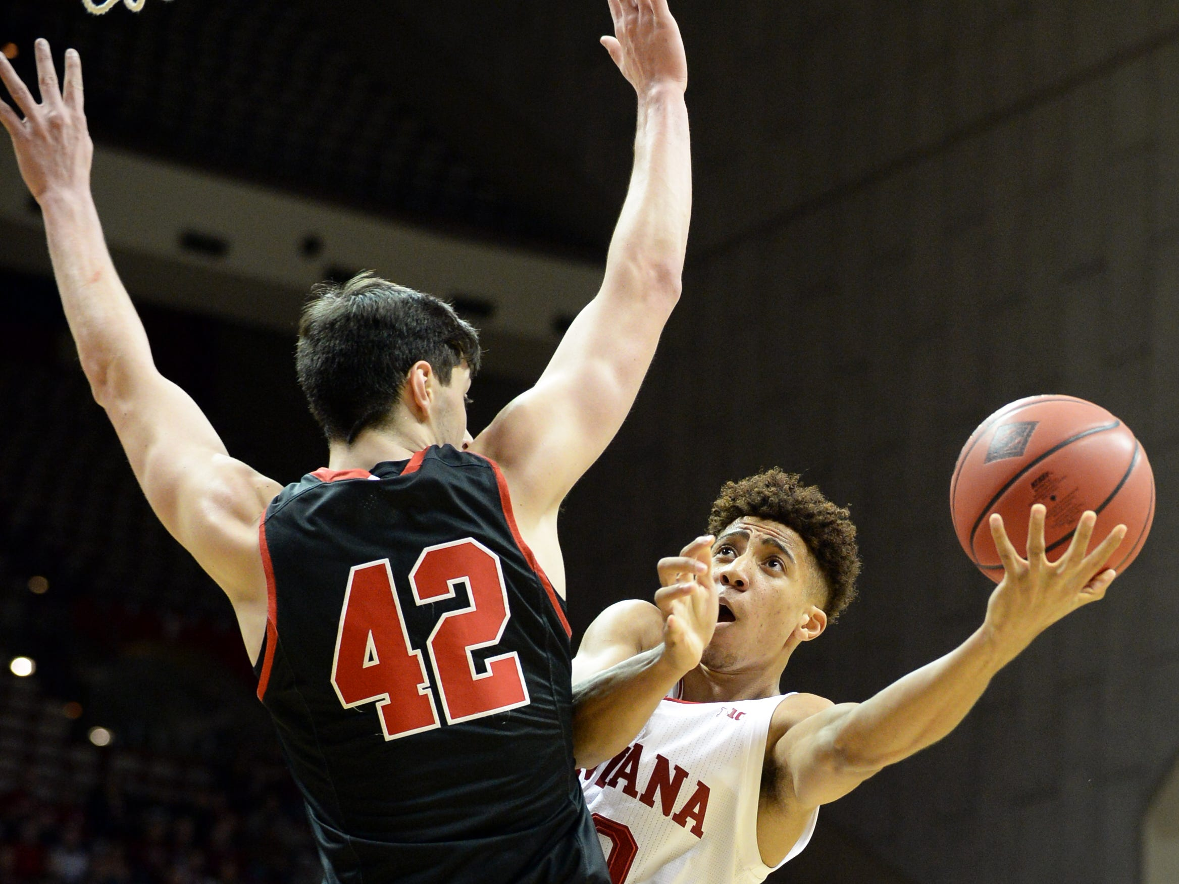 Indiana Hoosiers guard Rob Phinisee (10) drives to the basket during the game against St. Francis (Pa.) at Simon Skjodt Assembly Hall in Bloomington Ind., on Tuesday, March 19, 2019.