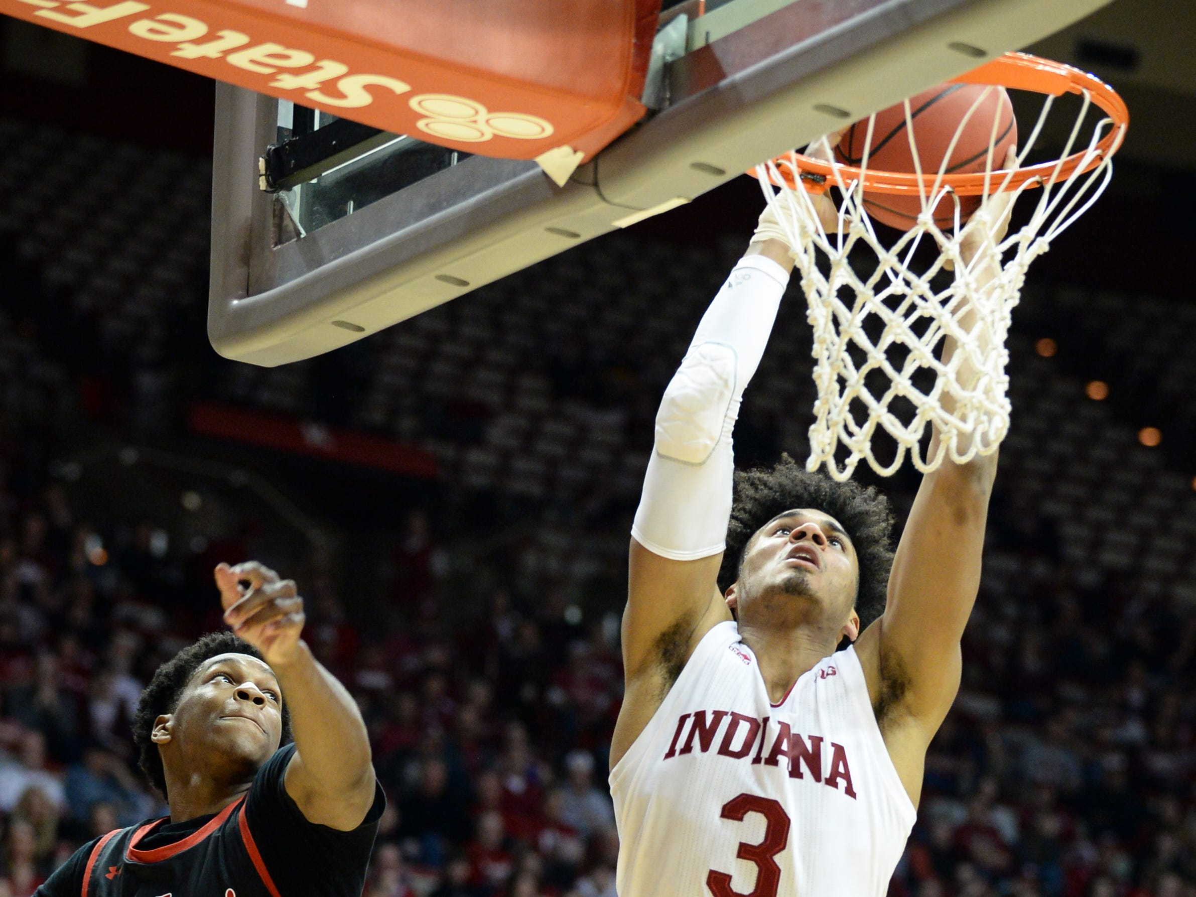 Indiana Hoosiers forward Justin Smith (3) dunks the ball during the game against St. Francis (Pa.) at Simon Skjodt Assembly Hall in Bloomington Ind., on Tuesday, March 19, 2019.
