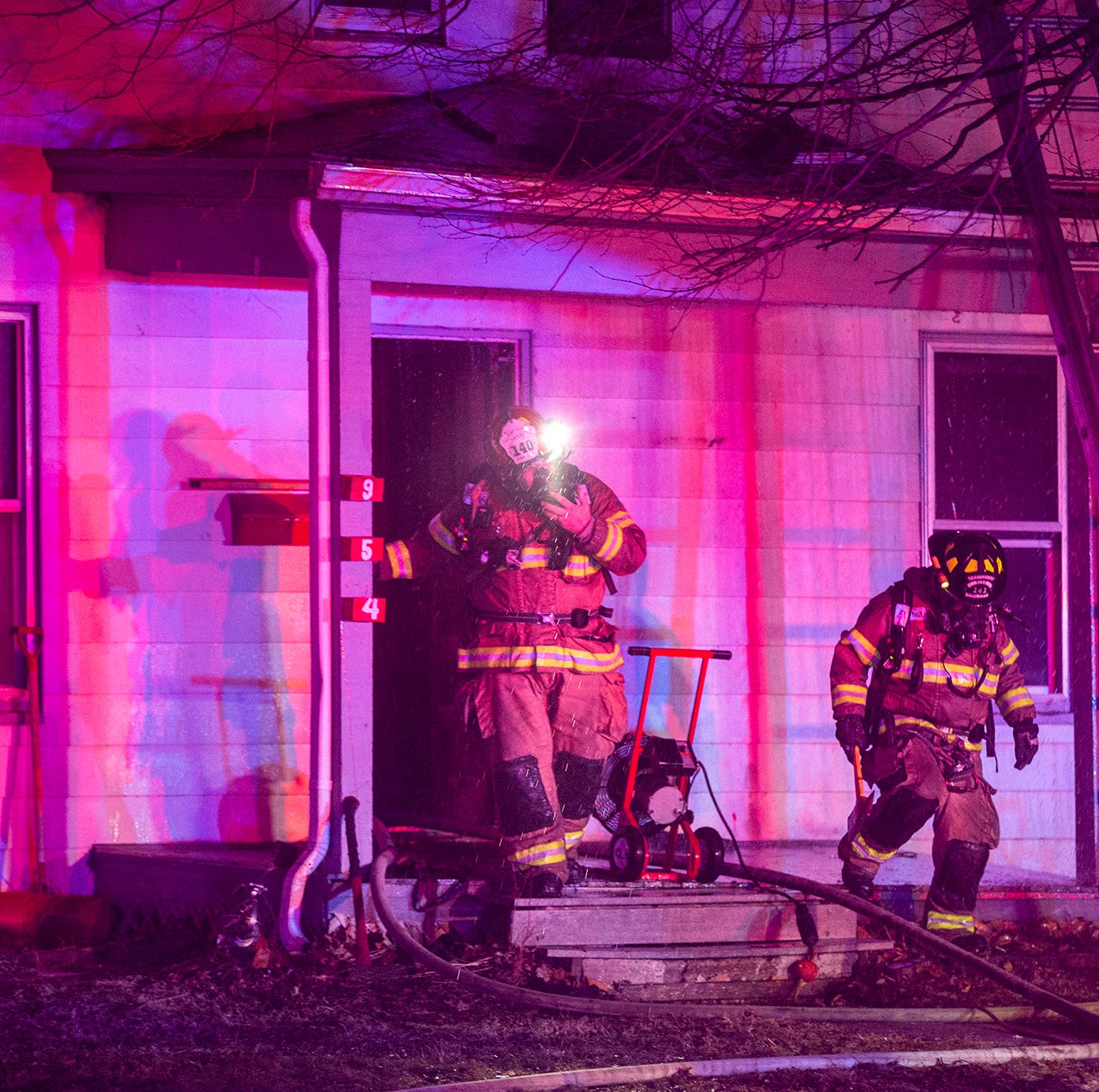 Fire erupts at single family home in Iowa City Northside District