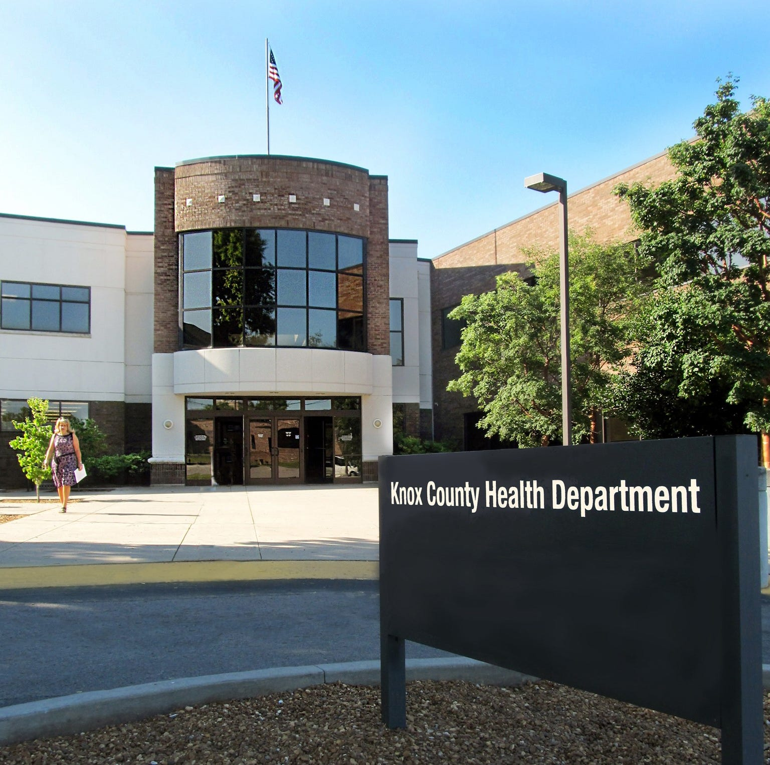 Knox County mayor's budget proposal cuts indigent healthcare by 30%