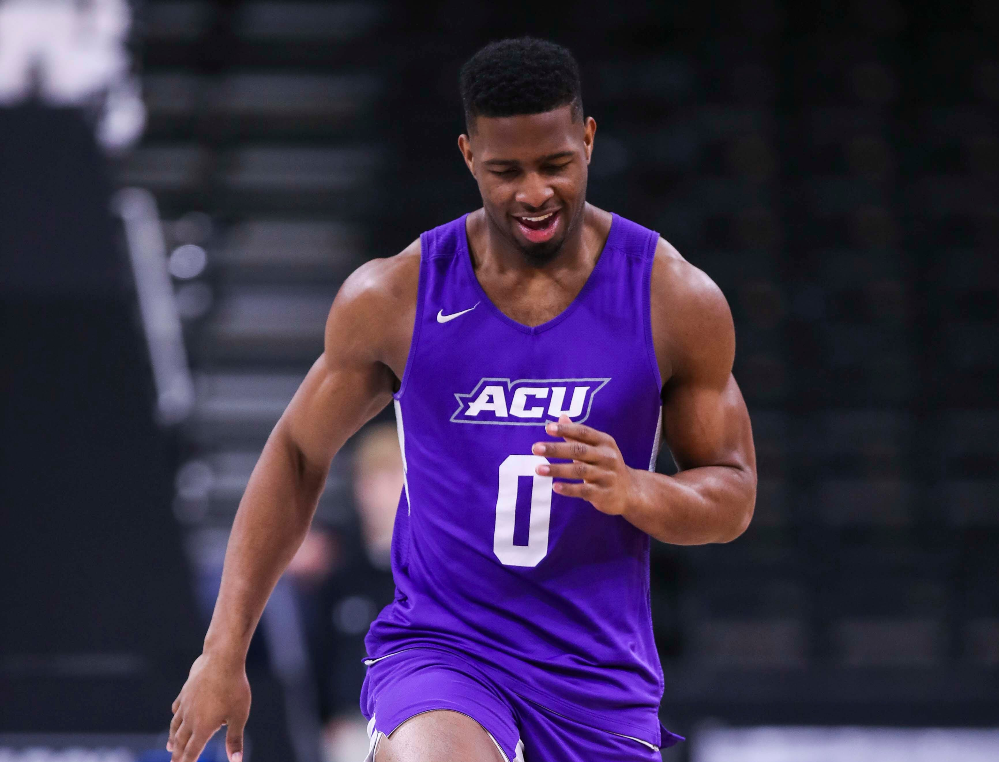Abilene Christian's Jaylen Franklin warms up Wednesday morning before the start of the Midwest Region of the NCAA tournament. March 20, 2019