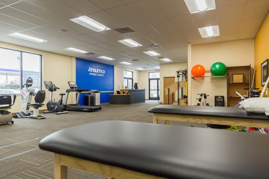 Before coming to the clinic, some people might be skeptical or pessimistic about the chances that physical therapy can truly lead to a pain-free life. Once they start to see the effects, though, their attitude completely changes.